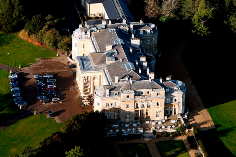 Aerial photography of Luton Hoo, Queen Anne's summer house, Gibraltar Barn and Westfield Farm estate