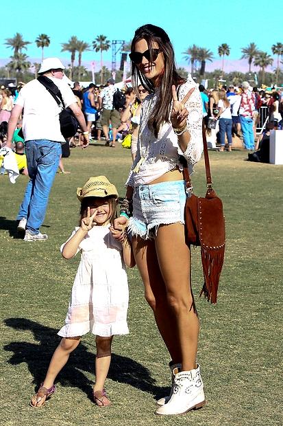 coachella-festival-35_5834678-ORIGINAL-imageGallery_standard