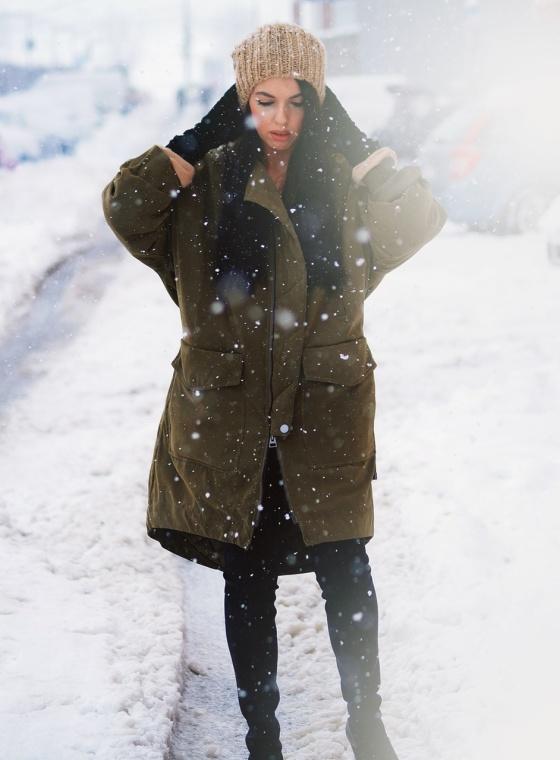 snowing 1